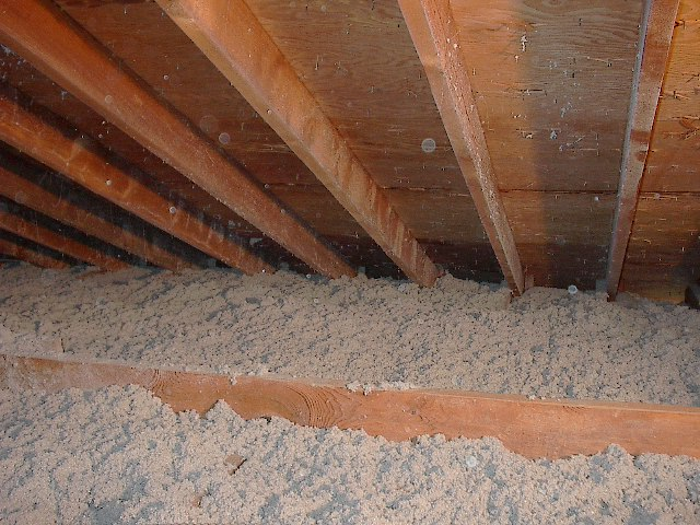 Radiant barrier chips same attic after adding more cellulose this is what you want to see when finished with adding blown cellulose rbs chips perform best when solutioingenieria Images